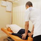 腰痛専門治療